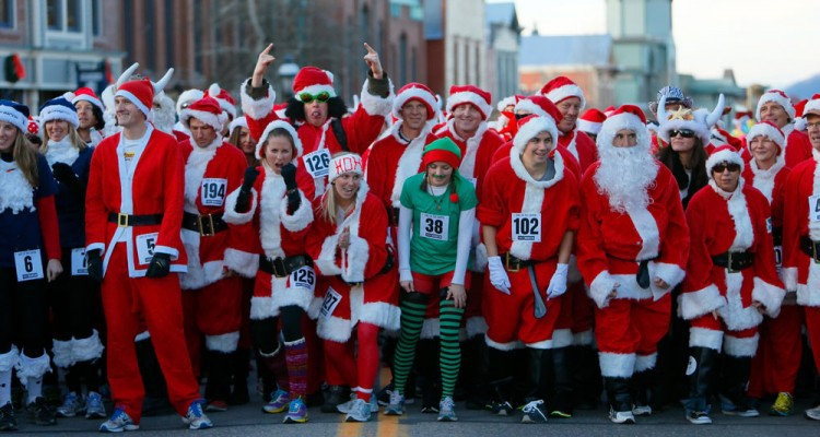 Running of the Santas-750x400